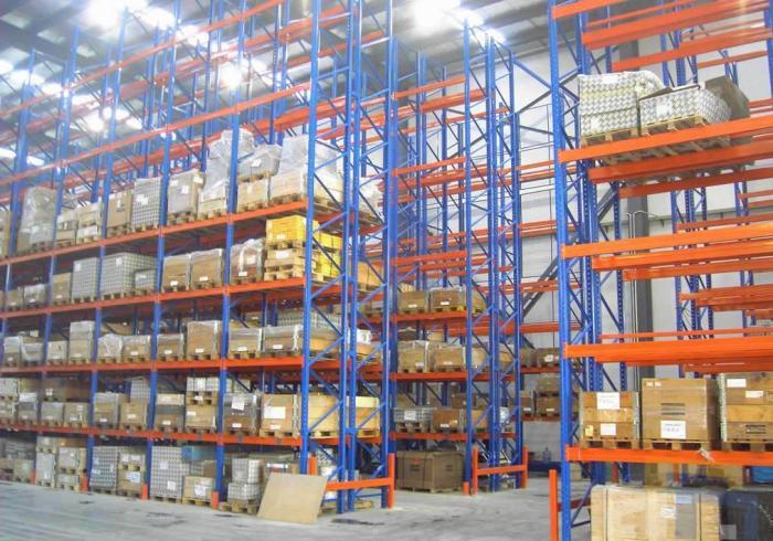 包装公司仓库高位货架案例